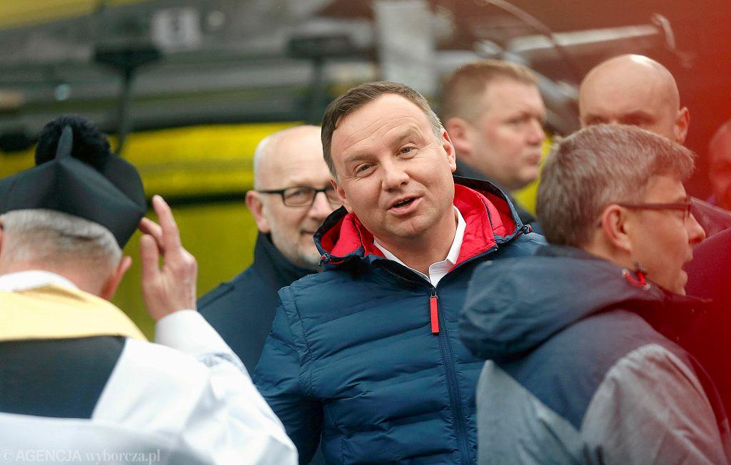 Prezydent Andrzej Duda symbolicznie otworzył nowoczesną kolejkę na Skrzyczne