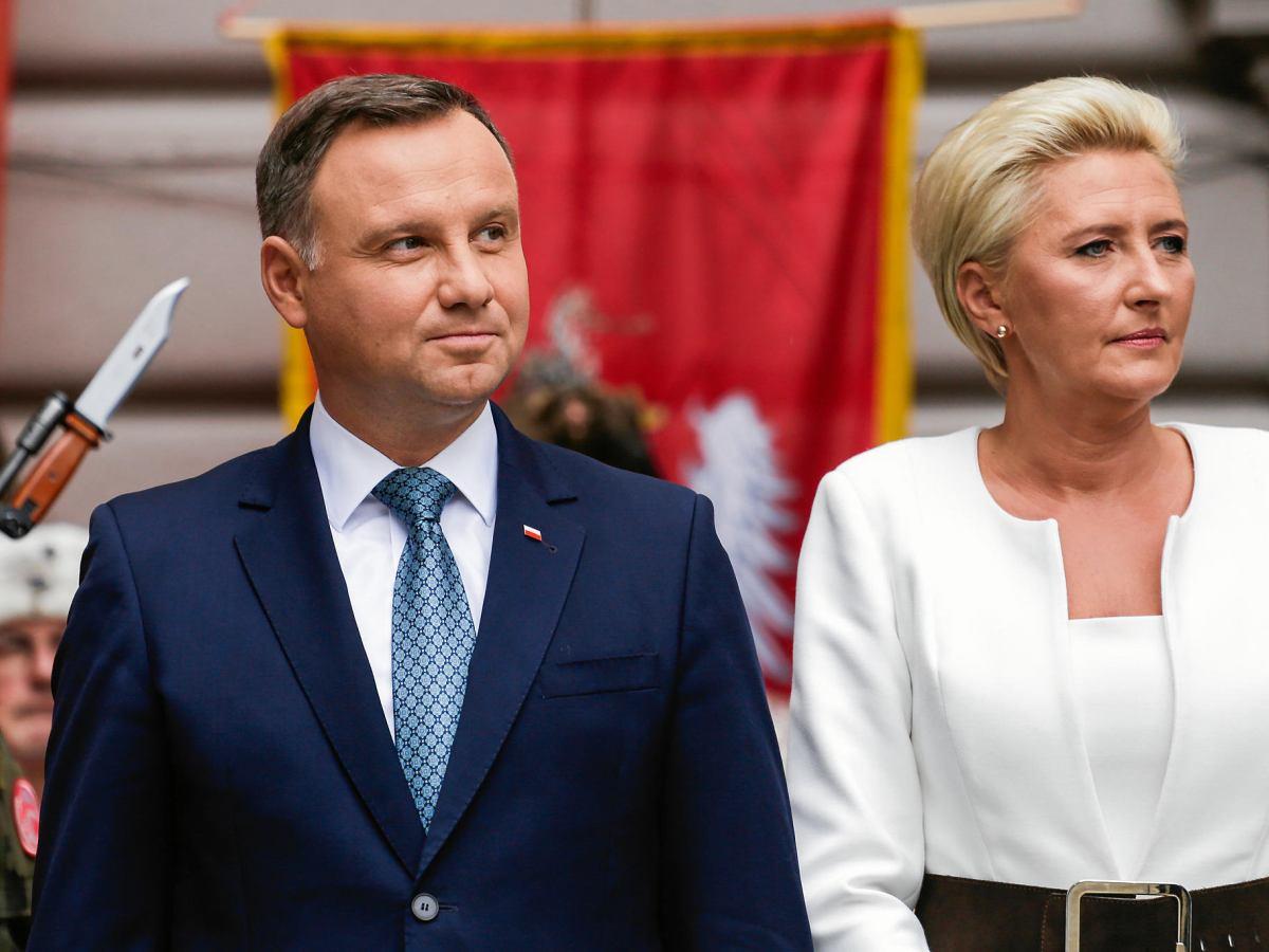 Prezydent Duda Z Zona Na Jubileuszu Krakowskiego Ii Lo Kod Manifestowal