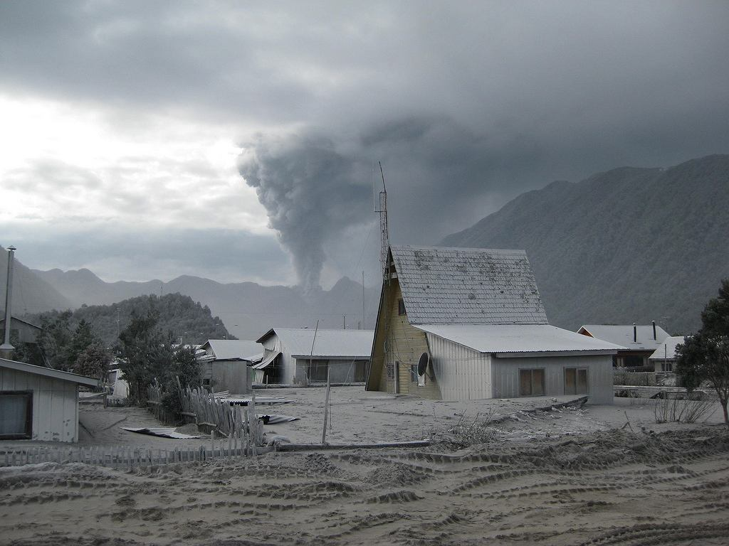 Miasto Chaitén w Chile po wybuchu wulkanu Chaitén  w maju 2008 r.