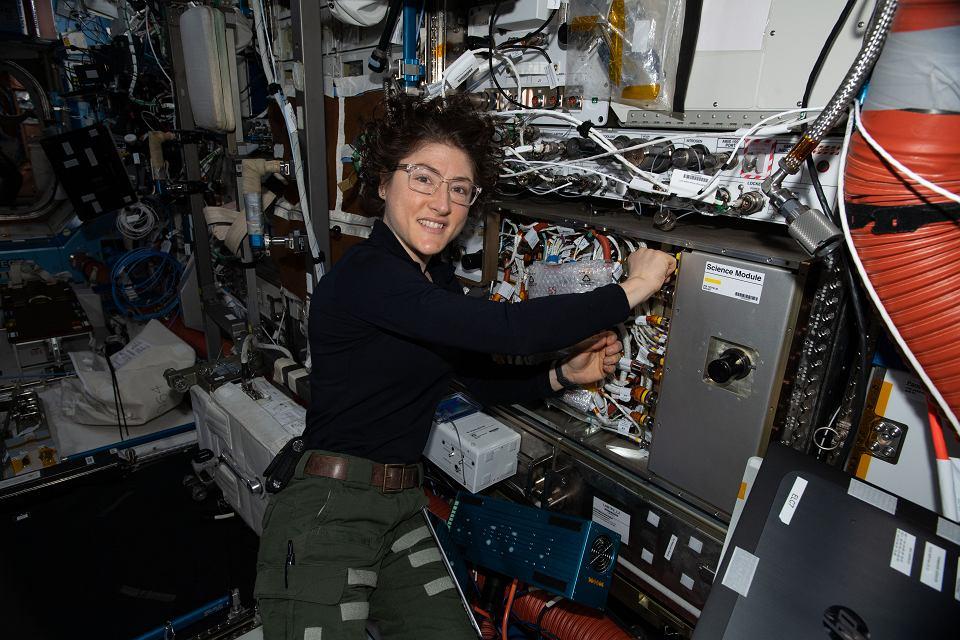 z26023301V,Astronautka-Christina-Koch-in