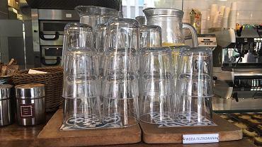 Woda w Cafe Lisboa