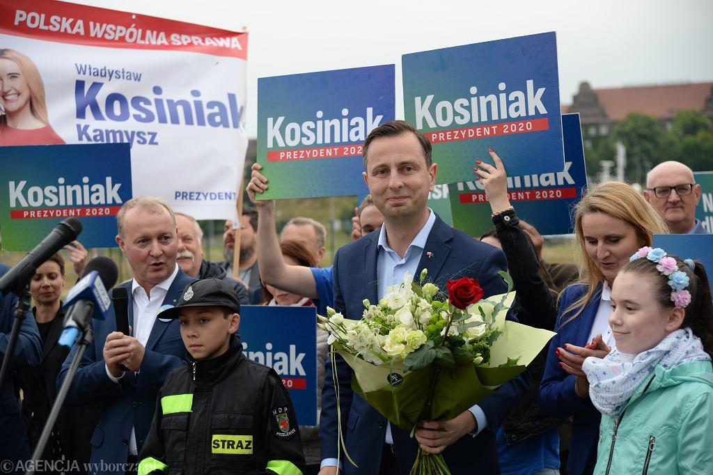 Władysław Kosiniak-Kamysz podczas spotkania z mieszkańcami Szczecina