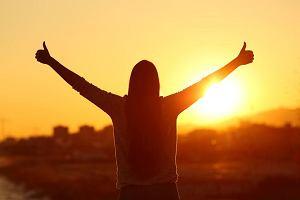 Około czterdziestki przekonałam się, jak wiele zadowolenia z życia pojawia się, gdy przestajesz ciągle zadowalać innych