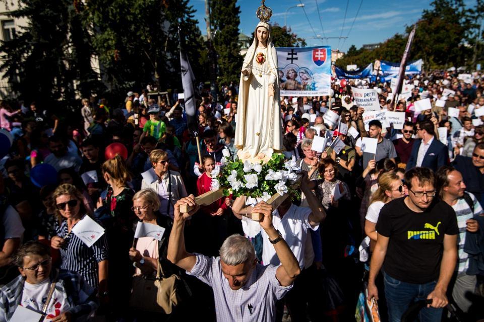 Demonstracja antyaborcyjna (aborcja na Słowacji jest legalna). Bratysława, 22 września 2019