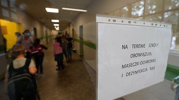 Szkoła w czasie pandemii (zdjęcie ilustracyjne)