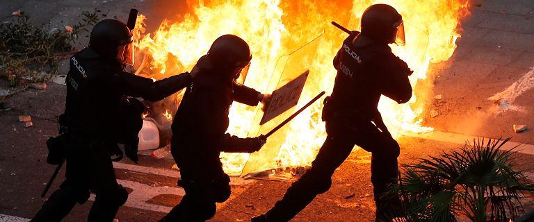 W Barcelonie protestuje ponad pół miliona osób. Doszło do starć z policją