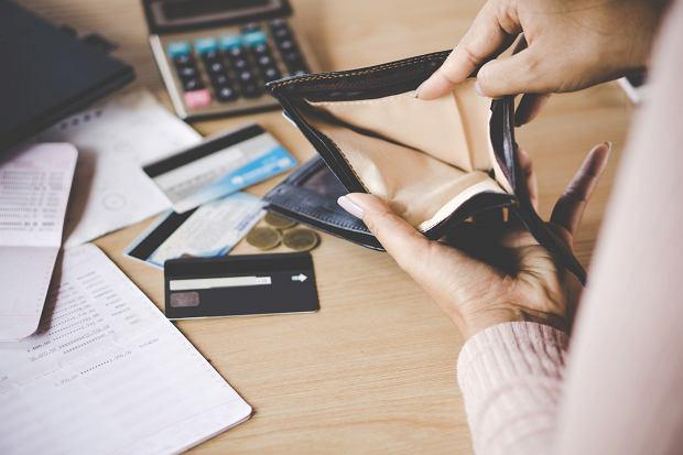 'Kobiety muszą zdawać sobie sprawę, że prowadzenie domu jest zajęciem nieodpłatnym' (fot: Shutterstock.com)