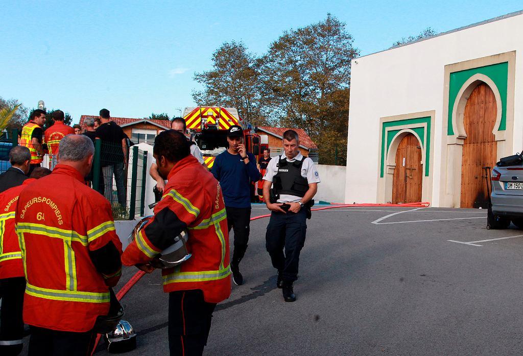 Meczet w Bajonnie, przed którym doszło do strzelaniny