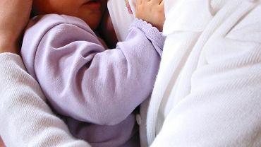 Karmienie piersią (zdjęcie ilustracyjne)