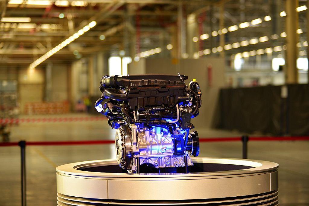 Rusza produkcja silników PureTech w Tychach