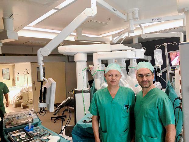 Operacje nowotworów prostaty przy pomocy robota. Metoda kołnierzykowa