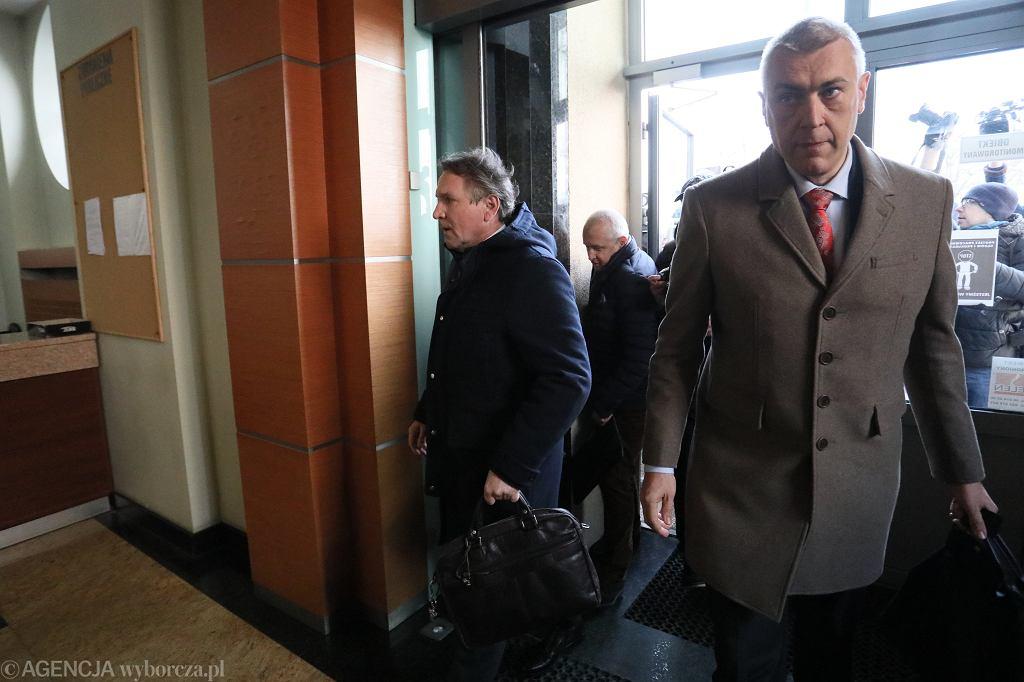 Austriacki biznesmen Gerald Birgfellner i mecenas Roman Giertych w sądzie