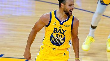 Fenomenalny mecz Curry'ego. Golden State Warriors odrobiło 22 pkt straty.