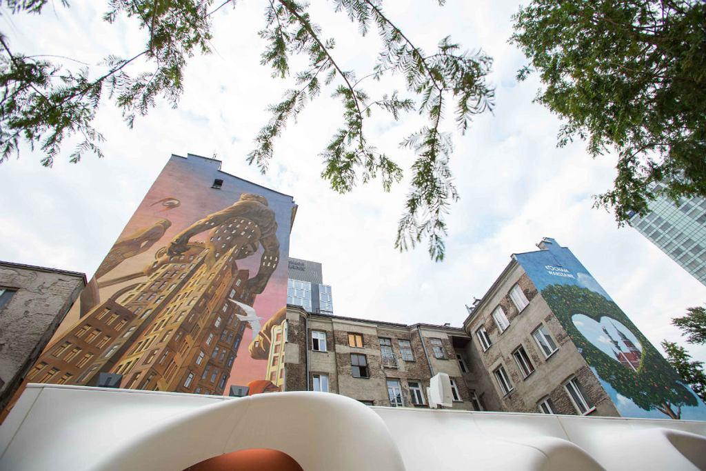Powstały artystyczne murale przy ul Grzybowskiej.