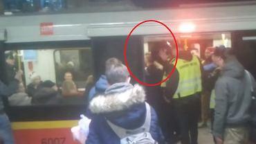 Zatrzymanie Sylwestra Wardęgi w warszawskim metrze