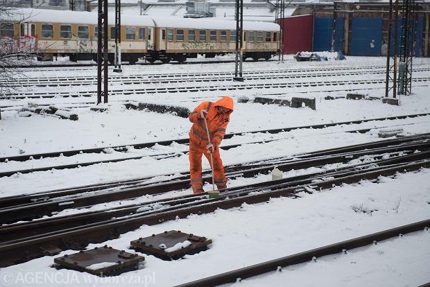 Zdjęcie numer 4 w galerii - Wrocław pod śniegiem. Zobacz zimowe zdjęcia z centrum miasta [FOTO]