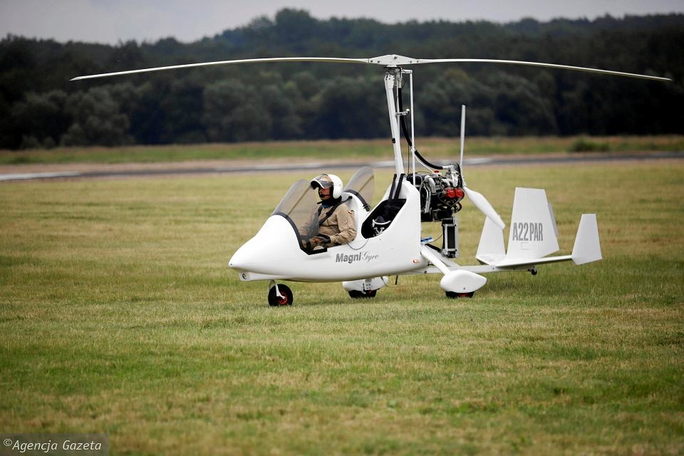 Lekki samolot może działać jak taksówka - rezerwacja internetowa albo telefoniczna lotu nawet kilka godzin wcześniej i natychmiastowy start, bez żadnych przygotowań.