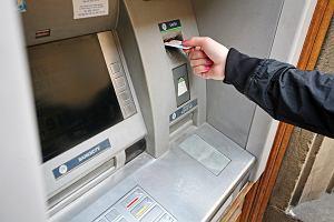 Awaria bankomatu podczas wypłaty gotówki. Klientka straciła pieniądze, mBank nie przyznaje się do winy