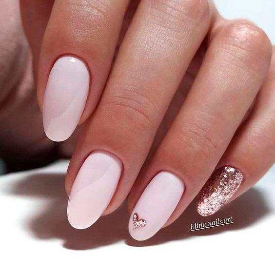Manicure walentynki