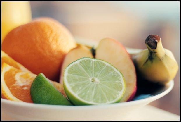 Jabłka ze straganu, cytrusy z e-sklepu, tak możemy się umówić. źródło: pexels.com