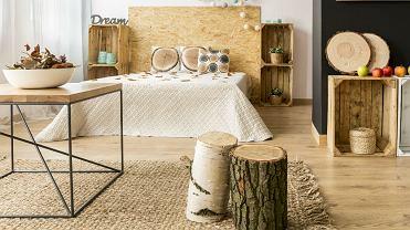 drewniane dodatki do mieszkania