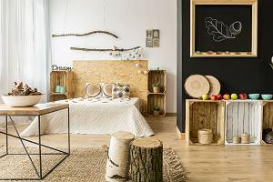 Drewniane dodatki do twojego mieszkania. Jak wprowadzić je do wnętrz?