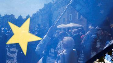 1 maja 2019 r., Stary Rynek w Poznaniu. Wspólne śpiewanie 'Ody do radości'