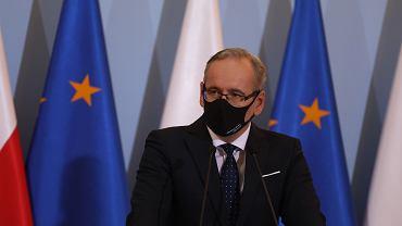 Minister zdrowia Adam Niedzielski wypowiedział się na temat możliwości wprowadzenia przez rząd godziny policyjnej