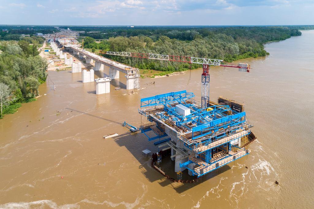 Budowa mostu na południowej obwodnicy Warszawy