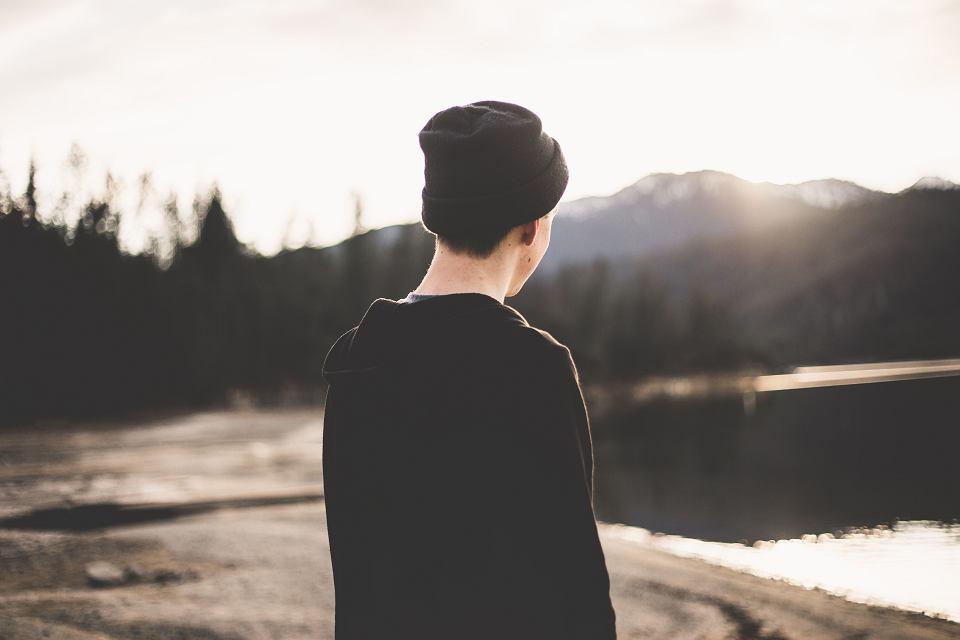 Kiedy nastolatek doświadcza kryzysu psychicznego rodzice nie mogą liczyć na szybką pomoc poradni pedagogiczno - psychologicznej, na wizytę prywatna do specjalisty czekają tygodniami