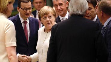 Mateusz Morawiecki i Angela Merkel w Brukseli