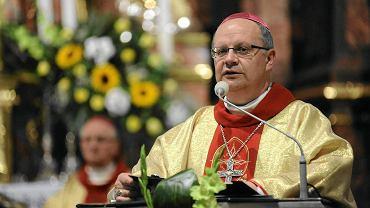 Opolski biskup Andrzej Czaja