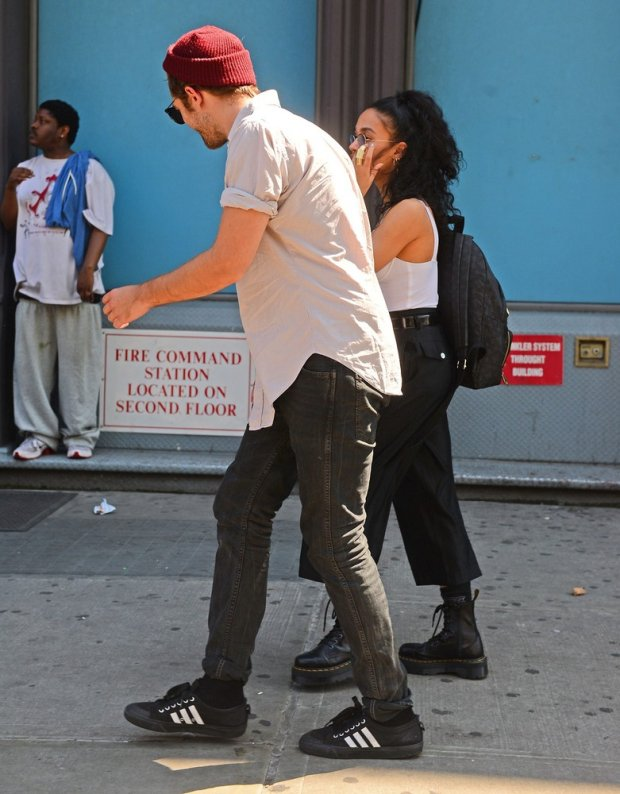 mRobert Pattinson seen walking with an unidentified mystery girl in New York City.  Pictured: Robert Pattinson