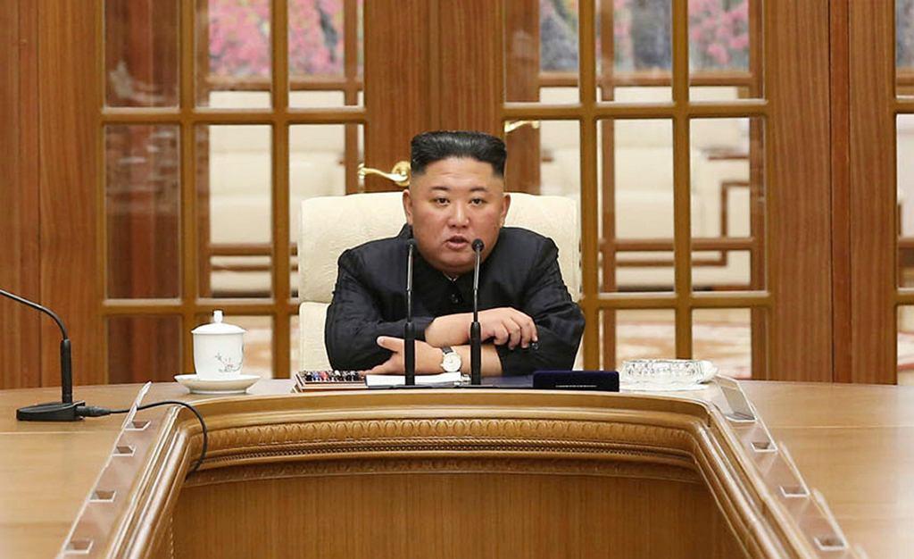Kim Dzong Un podczas posiedzenia rządu Północnej Korei
