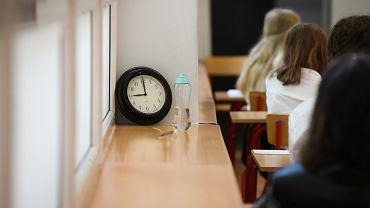 Egzamin ósmoklasisty 2021 (zdjęcie ilustracyjne)