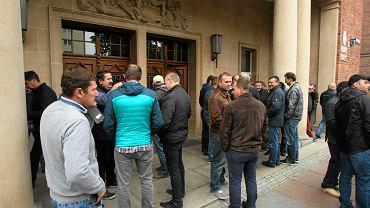 Środowy protest rolników przed prokuraturą w Szczecinie. Żądają uwolnienia aresztowanych kolegów