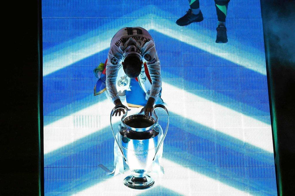 Sergio Ramos modli się przed Pucharem Mistrzów