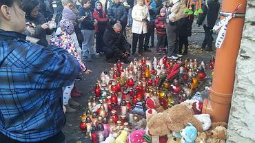 Przez Pragę przeszedł marsz ku pamięci tragicznie zmarłej 26-latki i jej dwójki małych dzieci
