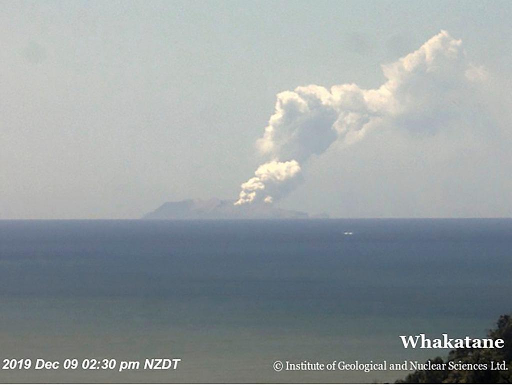 Wybuch wulkanu na Wyspie White.
