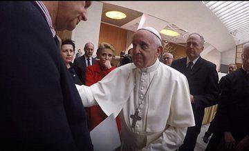 Zdjęcia z audiencji, jaką papież Franciszek udzielił delegacji polskich polityków, druga z lewej - Agata Didiuszko-Zyglewska
