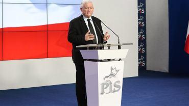 Jarosław Kaczyński na konferencji prasowej zapewnił, że nie ma w Polsce pomysłu referendum w sprawie wyjścia z Unii