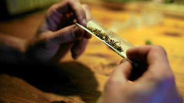 Palenie marihuany/zdjęcie ilustracyjne