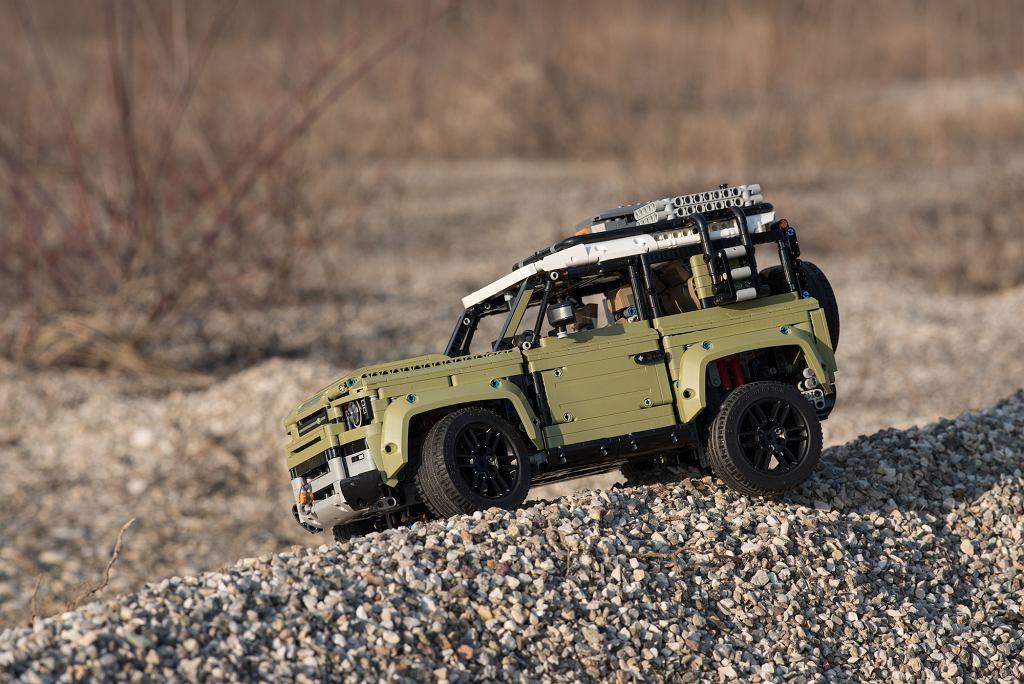 Klocki Lego Technic: Land Rover Defender.