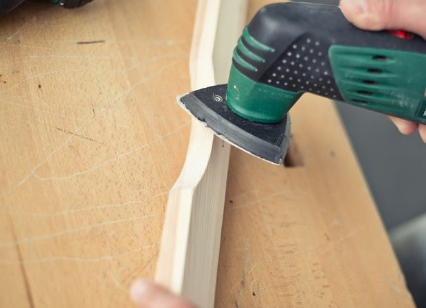 Drewniany stolik krok po kroku
