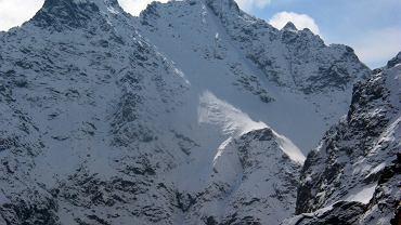 Lawina śnieżna w Tatrach. TOPR sprawdza, czy nie ma poszkodowanych