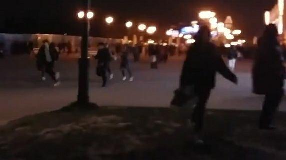 Panika w Disneylandzie w Paryżu przez zepsute schody ruchome
