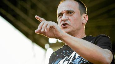 Paweł Kukiz podczas koncertu w Piotrkowie Trybunalskim