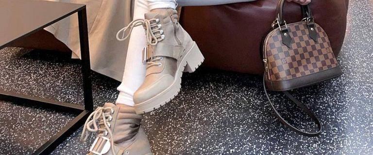 Te modne botki są niezastąpione zimą. Idealne na śnieg i mróz. Stabilne, wygodne i bardzo na czasie!