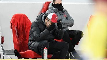 Dramat Liverpoolu! Kolejny obrońca wpada z gry. Dwa transfery na ratunek
