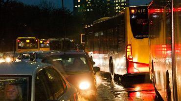 Wrocław. Potrącenie pieszego przez autobusy